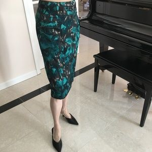 FALL FLORAL PENCIL SKIRT